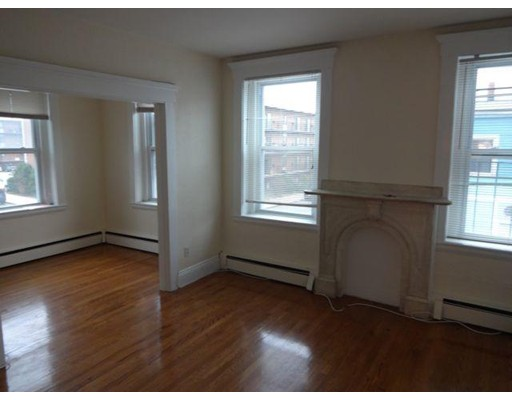 Additional photo for property listing at 722 East 6th Street  Boston, Massachusetts 02127 Estados Unidos