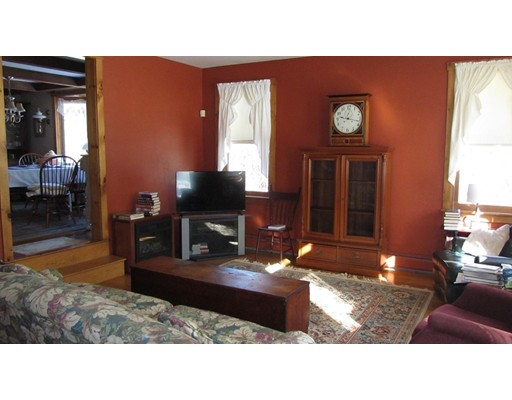 Single Family Home for Sale at 195 Goodale Street West Boylston, Massachusetts 01583 United States
