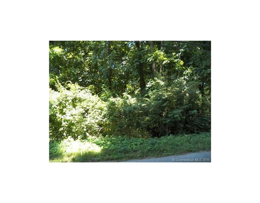 Terrain pour l Vente à 22 Squaw Rock Road Plainfield, Connecticut 06354 États-Unis