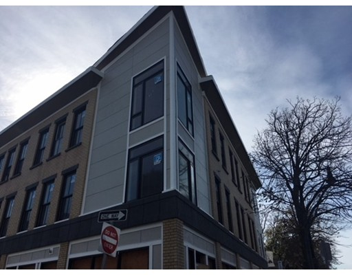 Rentals for Rent at 38 Hyde Park Avenue 38 Hyde Park Avenue Boston, Massachusetts 02130 United States