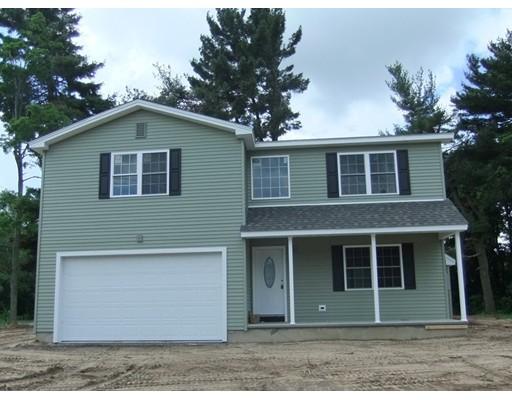 واحد منزل الأسرة للـ Sale في 18 Coldbrook Drive 18 Coldbrook Drive Ware, Massachusetts 01082 United States