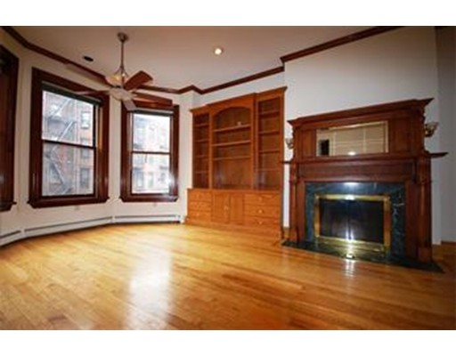Additional photo for property listing at 393 Marlborough Street  Boston, Massachusetts 02116 United States