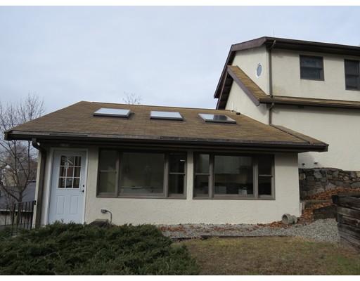 Casa Unifamiliar por un Alquiler en 577 Adams Street Quincy, Massachusetts 02169 Estados Unidos