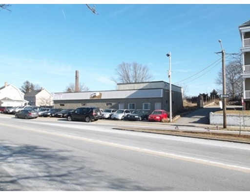Commercial for Sale at 2238 S Main Street 2238 S Main Street Fall River, Massachusetts 02724 United States
