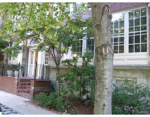 Casa Unifamiliar por un Alquiler en 527 Mount Auburn Street Cambridge, Massachusetts 02138 Estados Unidos