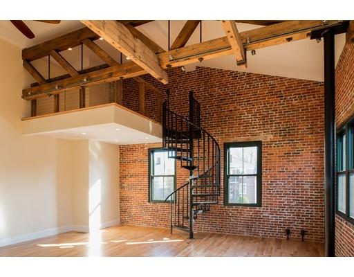 Additional photo for property listing at 3 Webster Street  Salem, Massachusetts 01970 Estados Unidos