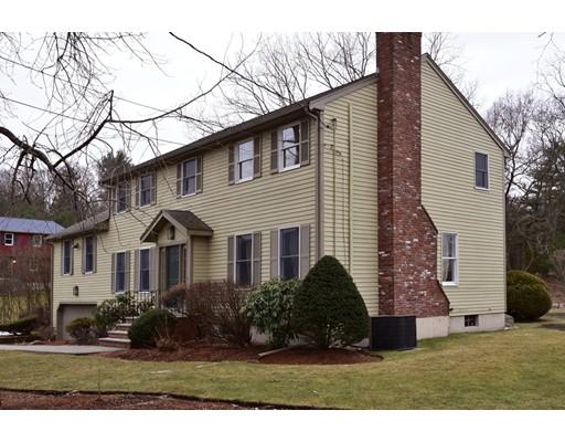 Casa Unifamiliar por un Venta en 8 Amy Road Peabody, Massachusetts 01960 Estados Unidos