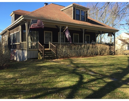 Single Family Home for Sale at 861 Main Street Acushnet, Massachusetts 02743 United States