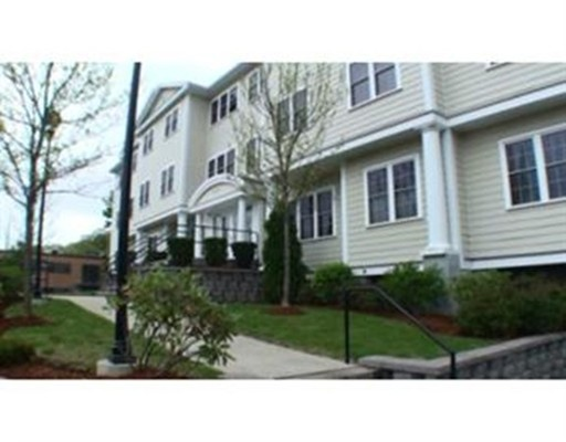 独户住宅 为 出租 在 974 Main Street 韦克菲尔德, 01880 美国