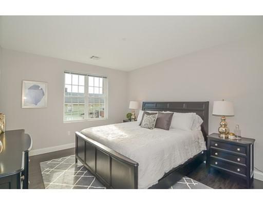 Casa Unifamiliar por un Alquiler en 431 River Waltham, Massachusetts 02453 Estados Unidos