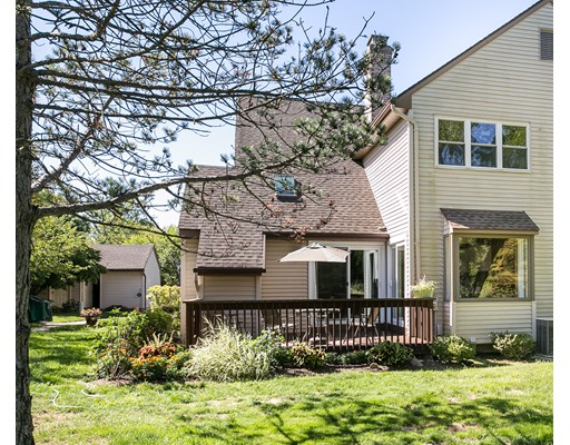 共管式独立产权公寓 为 销售 在 3 Spring Crt #B East Windsor, 康涅狄格州 06016 美国