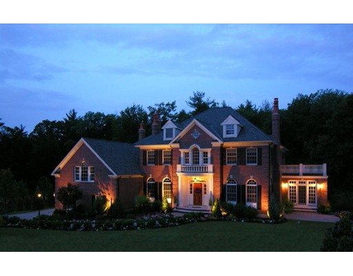 Single Family Home for Sale at 5 Manning Way Andover, Massachusetts 01810 United States