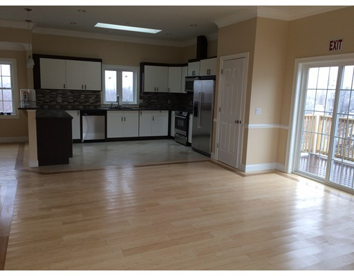 Additional photo for property listing at 473 Revere Beach Parkway  Revere, Massachusetts 02151 United States