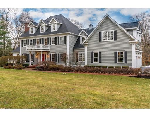 Maison unifamiliale pour l Vente à 2 Kennedy Lane Southborough, Massachusetts 01772 États-Unis