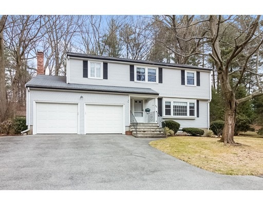 Single Family Home for Sale at 88 Washburn Avenue Wellesley, Massachusetts 02481 United States
