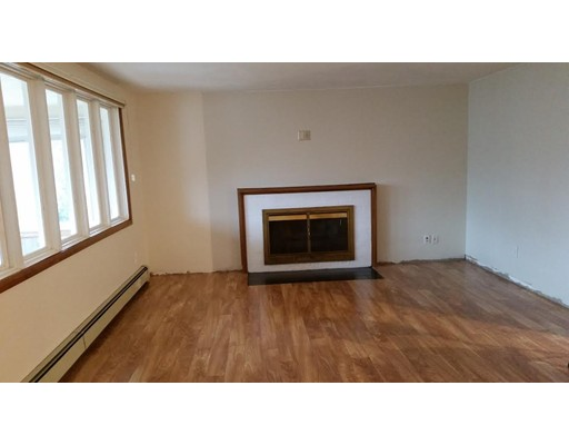 Additional photo for property listing at 49 Morrill Street  Newton, Massachusetts 02465 Estados Unidos