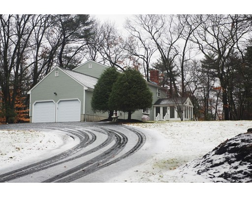 Single Family Home for Sale at 6 Pryor Road Natick, Massachusetts 01760 United States
