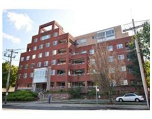 Additional photo for property listing at 50 Watertown Street  沃特敦, 马萨诸塞州 02472 美国