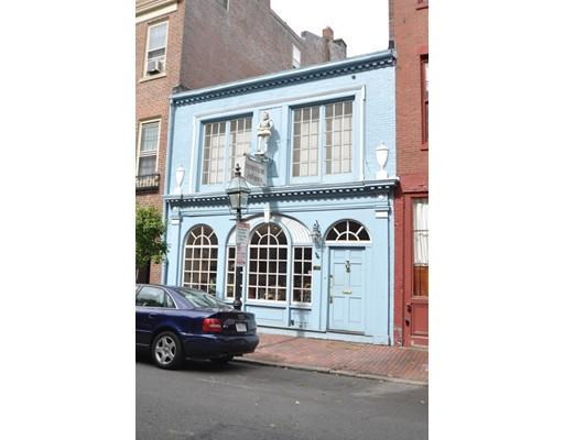 Single Family Home for Sale at 73 Chestnut Boston, Massachusetts 02108 United States