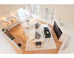 10 Moseley Place 10 is a similar property to 54 Kent St  Newburyport Ma