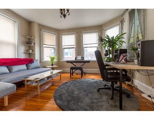 Single Family Home for Rent at 37 Joy Boston, Massachusetts 02114 United States