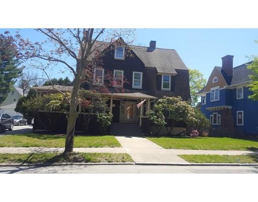 Maison unifamiliale pour l Vente à 66 Arnold Cranston, Rhode Island 02905 États-Unis