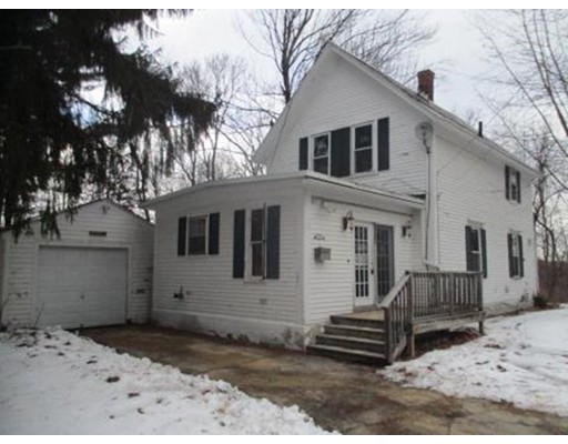 28  Phillips Ave,  Fitchburg, MA
