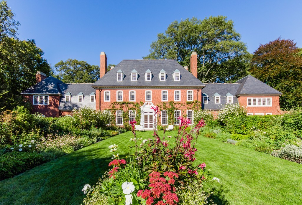 Weston homes for sale gibson sotheby 39 s international realty for Home builders in ma