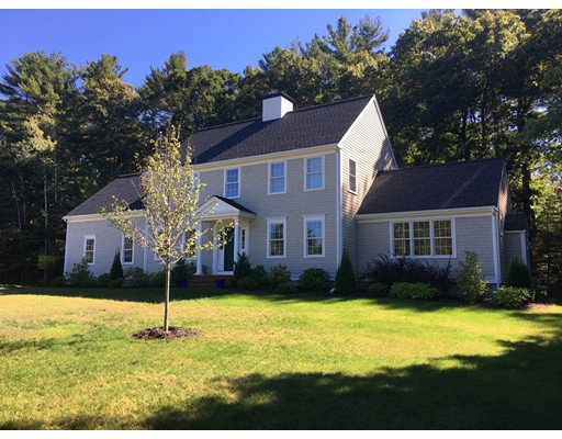 Single Family Home for Sale at 2 StoneHill Lane Bridgewater, Massachusetts 02324 United States