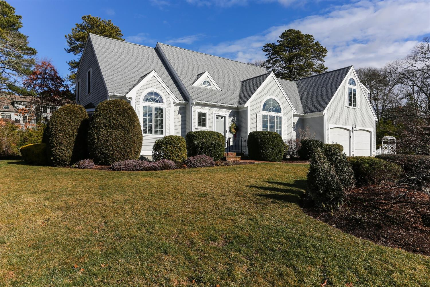 40 Blue Water Dr, Barnstable, MA 02632