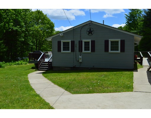 Single Family Home for Sale at 313 Winter Drive Becket, Massachusetts 01223 United States