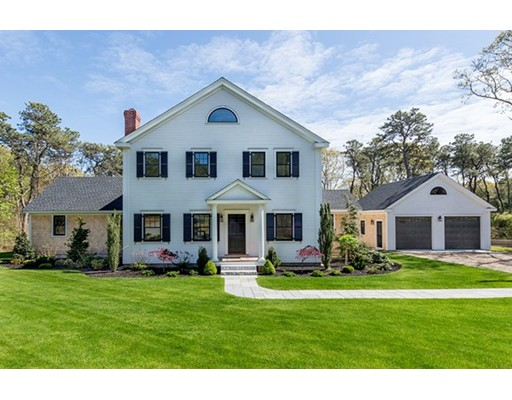 Single Family Home for Sale at 11 Plantingfield Wood Circle Edgartown, Massachusetts 02539 United States