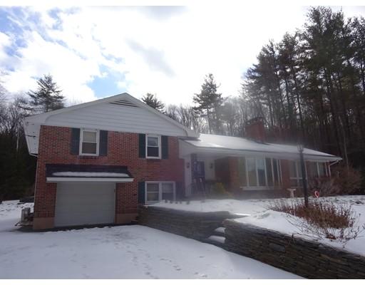 Частный односемейный дом для того Продажа на 101 Montague Road Westhampton, Массачусетс 01027 Соединенные Штаты