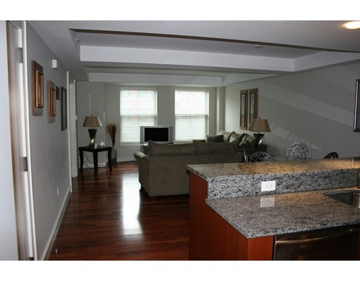Additional photo for property listing at 2 Battery Wharf  Boston, Massachusetts 02109 Estados Unidos