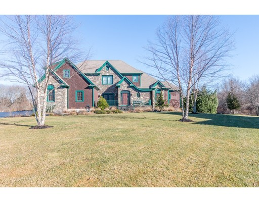 Casa Unifamiliar por un Venta en 160 Fairway Drive Somerset, Massachusetts 02726 Estados Unidos
