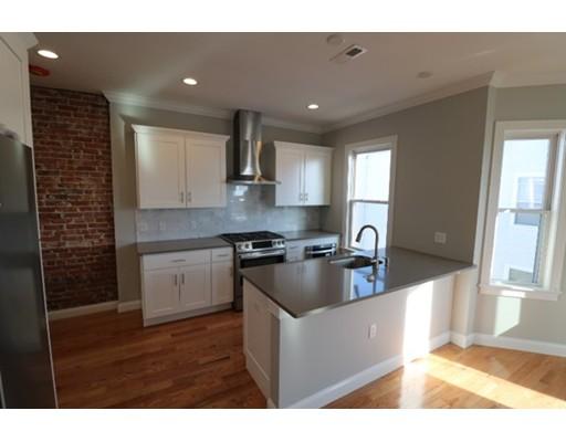 Casa Unifamiliar por un Alquiler en 3 Webb Park Boston, Massachusetts 02127 Estados Unidos