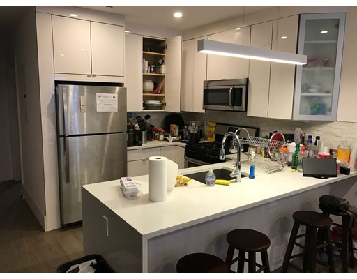 Additional photo for property listing at 27 Wigglesworth Street  Boston, Massachusetts 02120 Estados Unidos