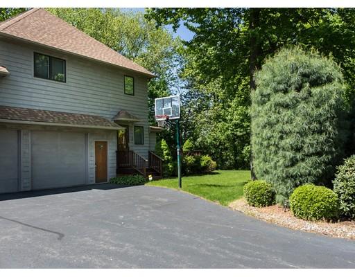 Additional photo for property listing at 92 Tennyson Drive  Longmeadow, 马萨诸塞州 01106 美国
