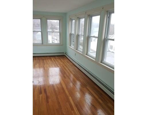 Additional photo for property listing at 127 Franklin Street  Stoneham, Massachusetts 02180 Estados Unidos