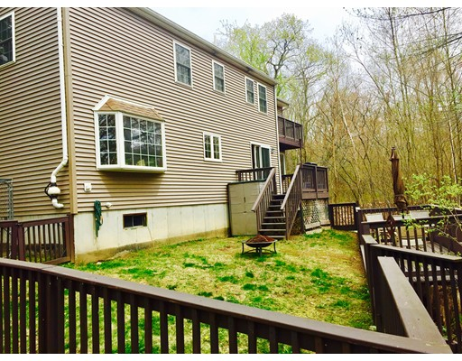 Single Family Home for Sale at 21 Wakefield Avenue Webster, Massachusetts 01570 United States