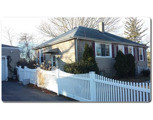 Single Family Home for Sale at 1354 S Broadway East Providence, Rhode Island 02914 United States