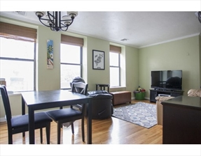 5 Grove St #6, Boston, MA 02114