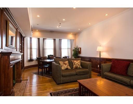 Casa Unifamiliar por un Alquiler en 472 Commonwealth Avenue Boston, Massachusetts 02215 Estados Unidos