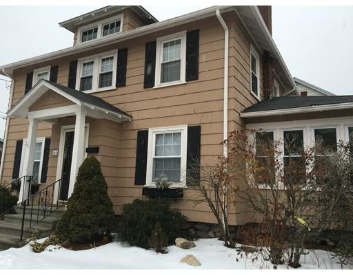 Maison unifamiliale pour l Vente à 166 Fairhaven Road 166 Fairhaven Road Worcester, Massachusetts 01606 États-Unis