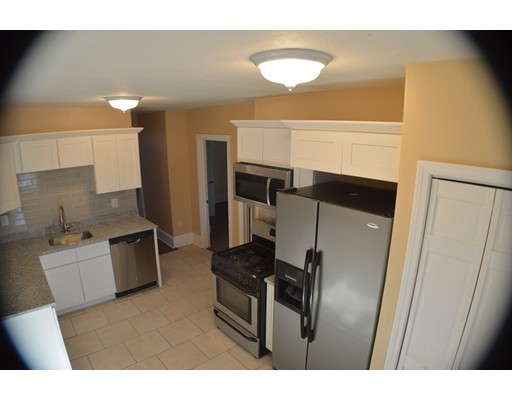 Additional photo for property listing at 31 West 5th  Boston, Massachusetts 02127 Estados Unidos