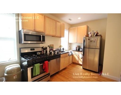 Casa Unifamiliar por un Alquiler en 24 Ashford St., Boston, Massachusetts 02134 Estados Unidos
