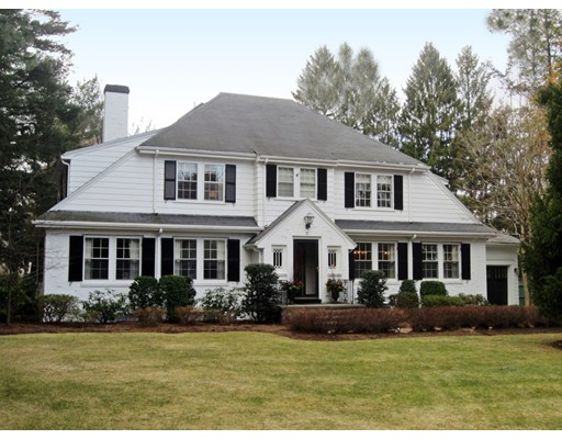 Single Family Home for Sale at 15 Ordway Road Wellesley, Massachusetts 02481 United States