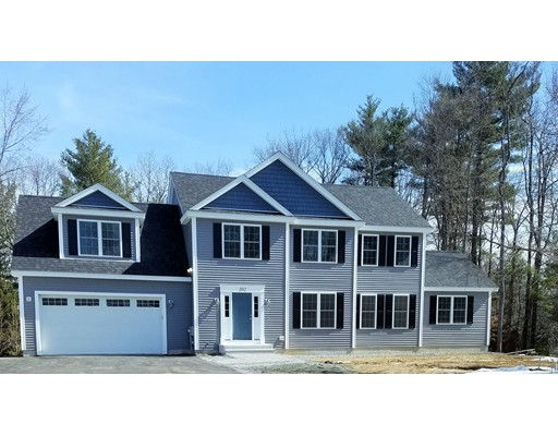 Single Family Home for Sale at 102 Hudson Street Leominster, Massachusetts 01453 United States
