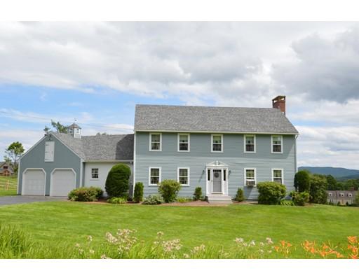 Maison unifamiliale pour l Vente à 22 Milkhouse Road New London, New Hampshire 03257 États-Unis