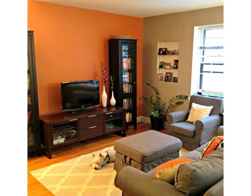 独户住宅 为 出租 在 8 Kilsyth Terrace 波士顿, 马萨诸塞州 02135 美国
